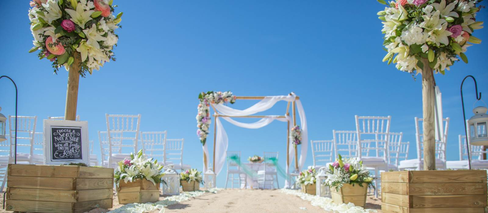 Dona Filipa Hotel Beach Wedding